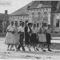 1955 a kastely igen rossz allapotban